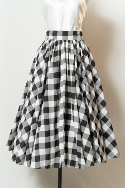 Monotone Big Check Flare Skirt