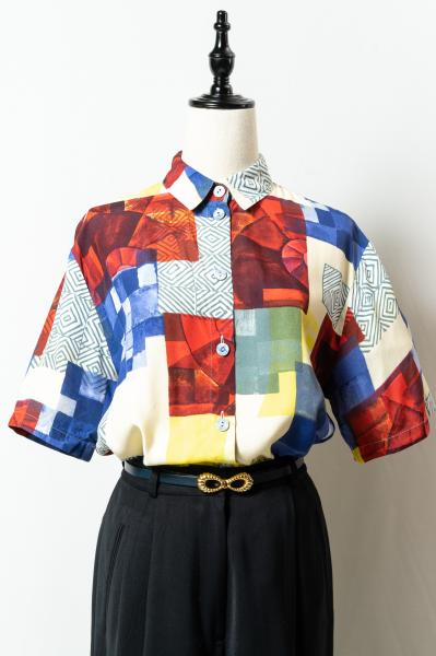 Made In Euro Art Tile Pattern Blouse