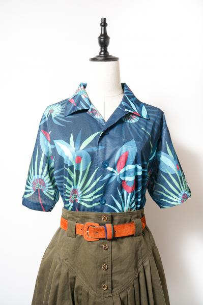Botanical Pattern Dark blue Over Blouse