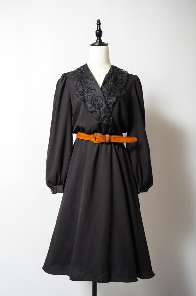Embroidery Sheer Collar Black Cache-couer Dress