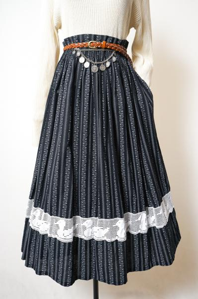 Made In Euro Small Botanical Navy Tyrol Skirt