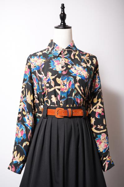 Flower Ribbon×Bird Pattern Black Blouse
