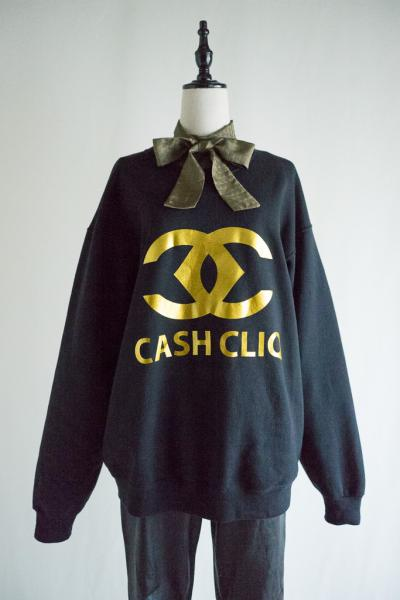 CASH CLIQ Gold Print Sweat