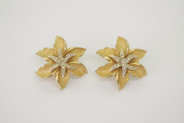 50~60's Coro Flower Design Earrings