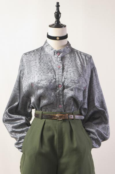 Made In Euro Ethnic Tile Pattern Gray Blouse