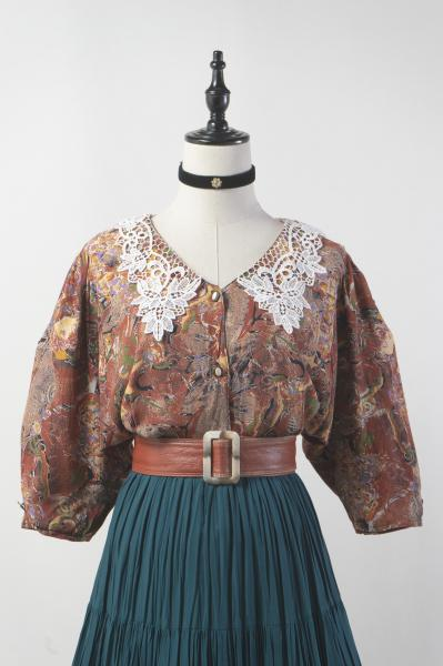 Made In France Lace Callar Brown Art Blouse