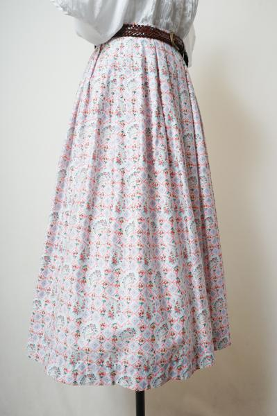 Flower Tile×Paisley Pattern Flare Skirt