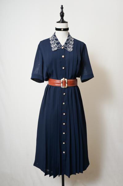 Embroidery Scallop Collar Navy Pleats Dress