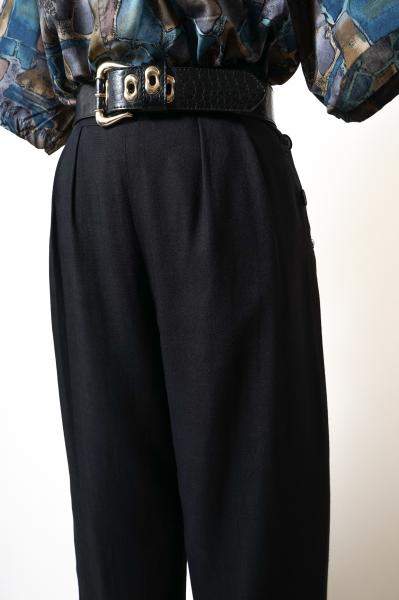 Side Button Waist Tuck Black Pants