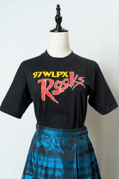 97WLPX Rocks Milwaukee Print Black T-sh