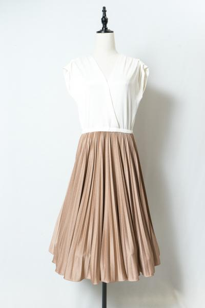 Accordion Pleats Bicolor Dress