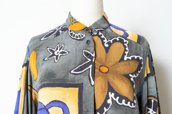 Made In Canada Art Pattern Round Collar Blouse
