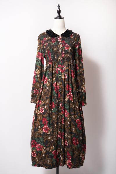 Flower Design Shirring Black Dress
