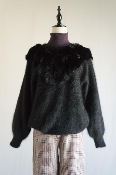 Fur×Beads design Black Sweater